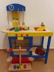 Holzspielküche