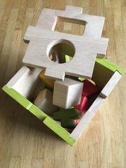 Holzspielzeug Steckspiel