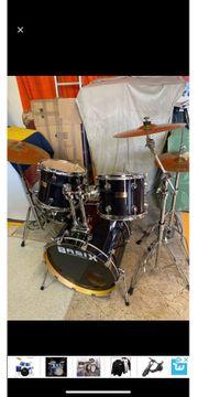 Schlagzeug Marke Basix Custom schwarz