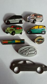 Sticker und Pins mit Mercedes-Benz-Motiven