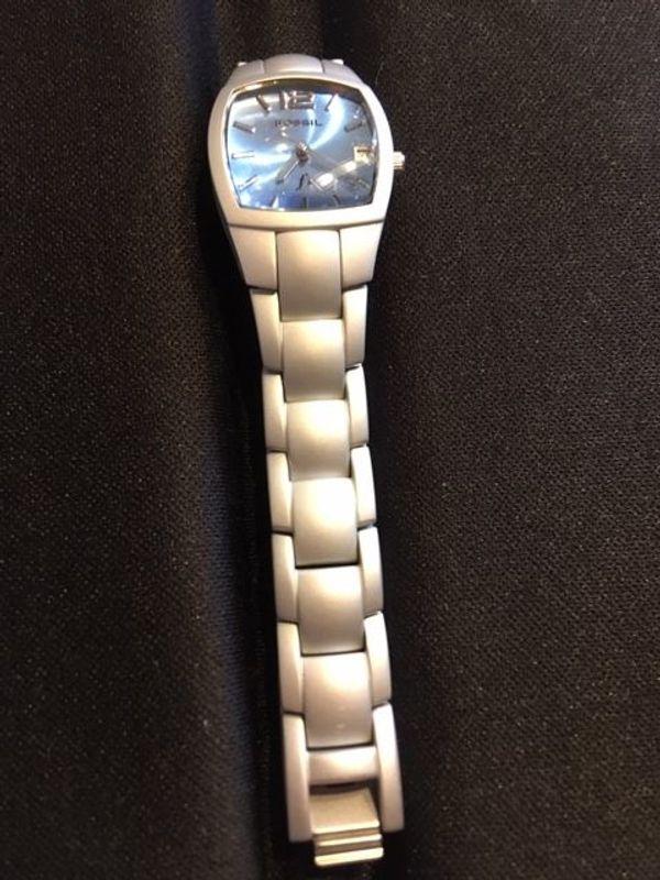 Damen-Armbanduhr Fossil F2 Aluminium - mit