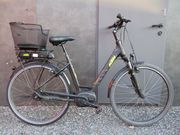 neuwertiges KTM E-Bike