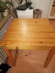 Tisch quadratisch Kiefer