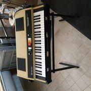 Keyboard mit Deckel