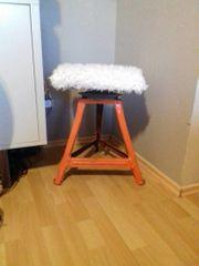 Haus u Gartenwerkzeuge Stühle Teppich