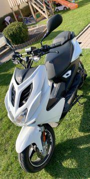 Yamaha Aerox Naked