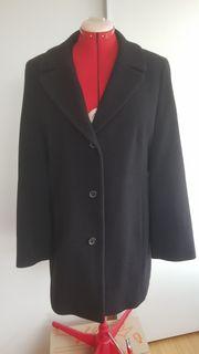 Eleganter schwarzer Schurwoll-Mantel von GIL