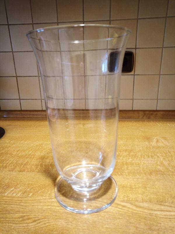Deko Vase mit Fuß