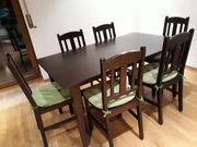 Echtholztisch und 6 Stühle