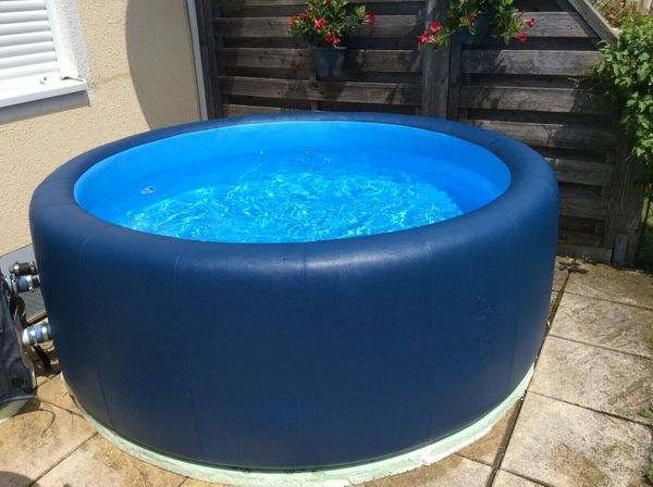 Whirlpool Softub Resort 300 mit
