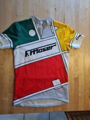 Fahrradtrikots aus den 90er