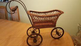 Puppenwagen antik: Kleinanzeigen aus Mutterstadt - Rubrik Puppen