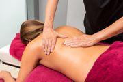 massage für genussvolle frau