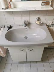 Hängeschränke WC