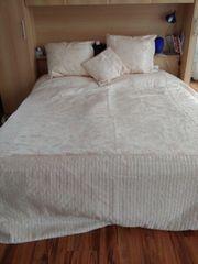 Bettüberwurf Tagesdecke Deko sehr schön