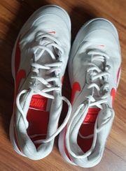 1 Paar Nike Schuhe weiss