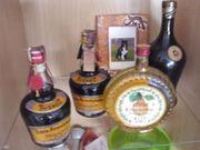 9 Flaschen alkoholische Getränke