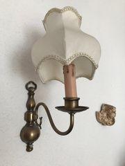 Wandlampe mit Stoffschirm