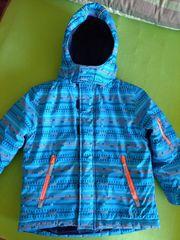Winterjacke Gr 104 in hellblau