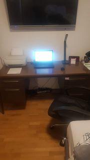 Schreibtisch muss heute abgeholt werden