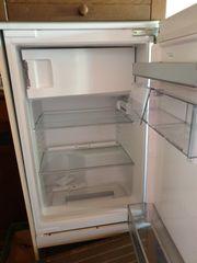 funktionsfähiger Kühlschrank