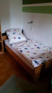 Bett als Gästebett mit Sprungrahmen