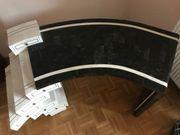 Exklusiver Schreibtisch mit Marmor-Oberflächen