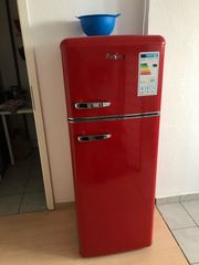 2 Wochen alter Kühlschrank wegen