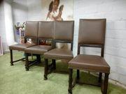 Schöne alte antike Stühle