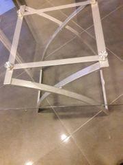 2 moderne Glas-Beistelltische