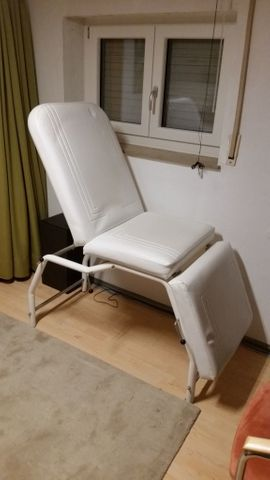 Bild 4 - Massageliege Behandlungsstuhl - Filderstadt