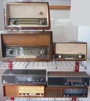 Konvolut Röhrenradios - Kofferradios Tonband usw -