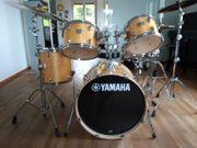 Yamaha Schlagzeug komplett