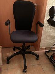 Toller schwarzer Schreibtischstuhl Büro Drehstuhl