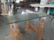 Glasfachböden aus Apotheke