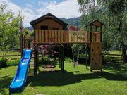 Spielehaus-Burg für den Garten