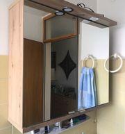 Badezimmer-Spiegelschrank neuwertig Holz und Glas