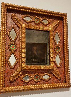 Sonstige Antiquitäten - Antiker uriger Spiegel Dekoration Bild