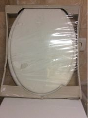 Toilettendeckel neu