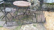 historischer Gartenzaun