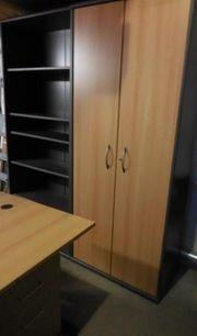 Kleines Büroeinrichtungsset