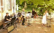 Tenor Saxophonistin Saxophonist gesucht