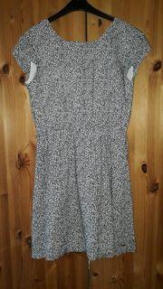 Schwarzweißes Tom Tailor Kleid