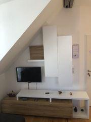 Verschiedene neuwertige Möbel