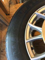 Winterreifen mit Alufelgen für Mazda