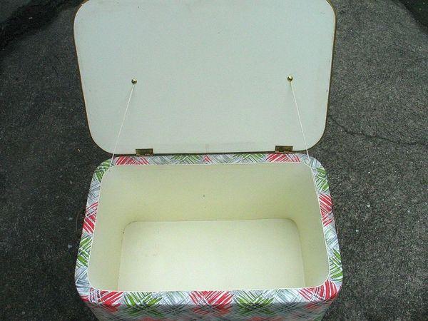 Alte Wäschebox Truhe aus den