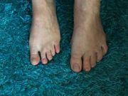 Füße lecken und liebkosen