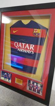 Barcelona tshirt mit 3 Autogramm