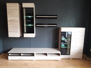 Wohn- TV Wand