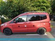 Ford Tourneo Courier Garagen Fahrzeug